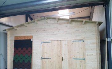 een houten garage